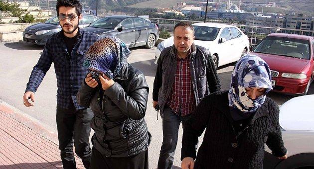 Azeri 2 Kadın Serbest