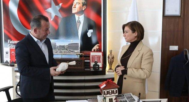 Başkan Köse Bolu Belediye Başkanı Özcan'ı Ziyaret Etti