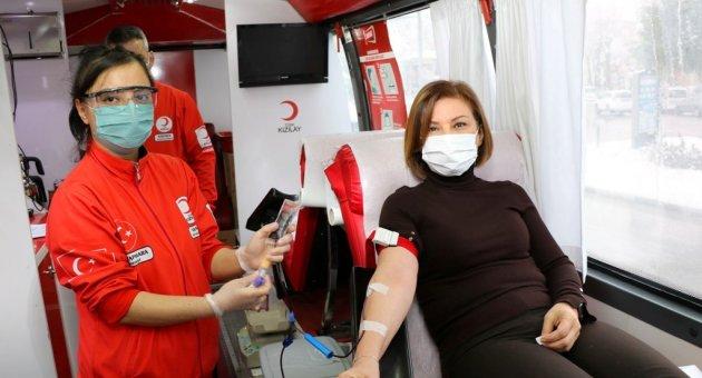 Başkan Köse'den Kan Bağışı