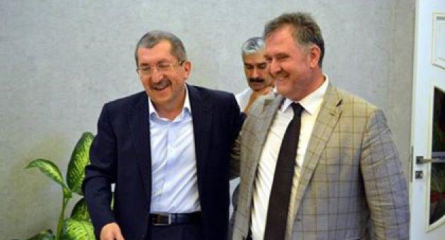 AK Partililer Başkan Vergili'ye Teşekkür Etti