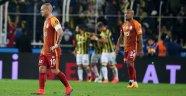 Galatasaray ve Fenerbahçe liderliği unuttu